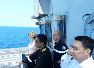 नौसैनिक अभ्यास