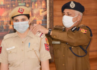 दिल्ली पुलिस सीमा ढाका